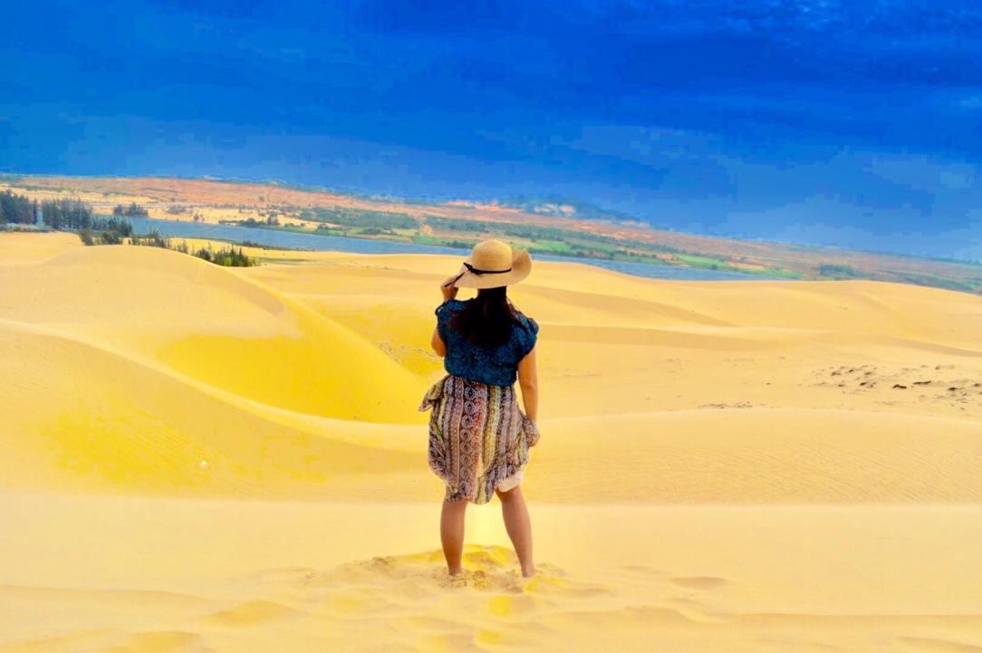White Sand Dunes, Mui Ne, Vietnam, day trip mui ne