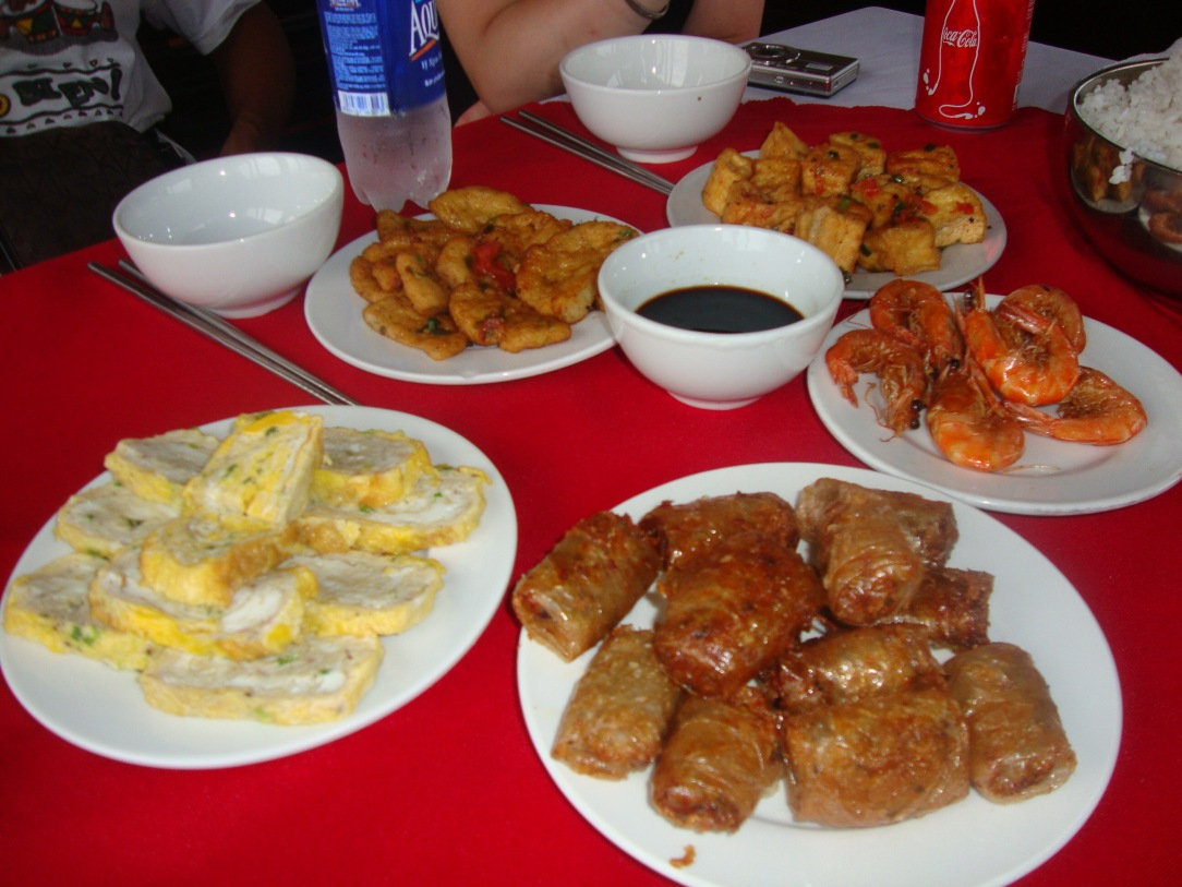 Halong Bay Day trip , vietnam 5h travel, Vietnam 8-day itinerary, anniversary trip in vietnam