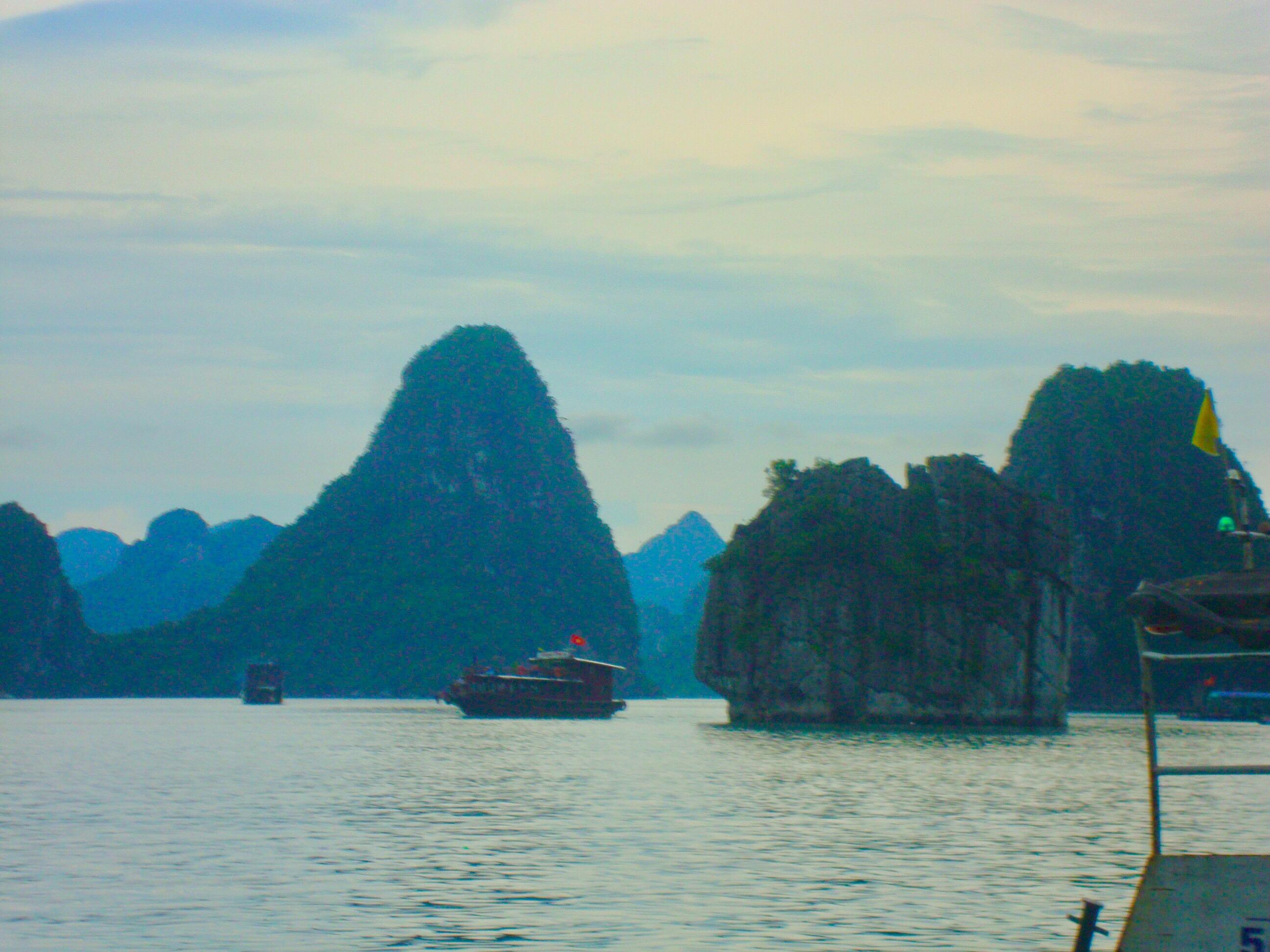 Hello Hanoi and Halong Bay